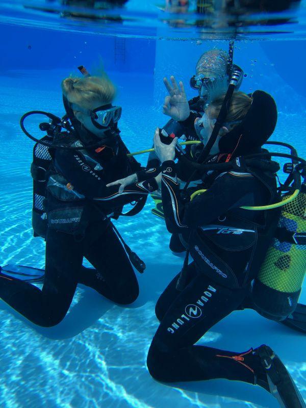 ATLANTIK Scuba Diving Tenerife - PADI 5 Star IDC Dive Resort - PADI